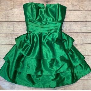 Alfred Sung Ivy tiered dress sz 20 fits 14/16